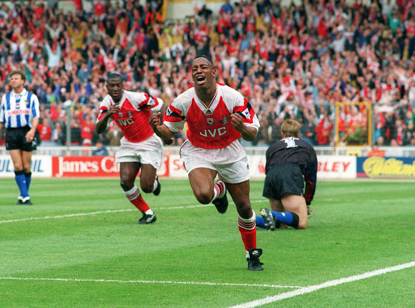 Sezona 1994/95 (Champions League, UEFA Cup, Cup Winner's Cup) Ian-wright-celebrates