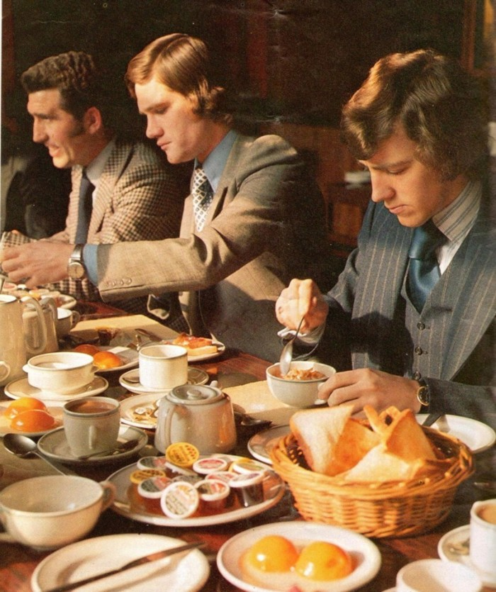 Arsenal programme 1974-75 mealtime s